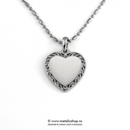Medalion inima cu model